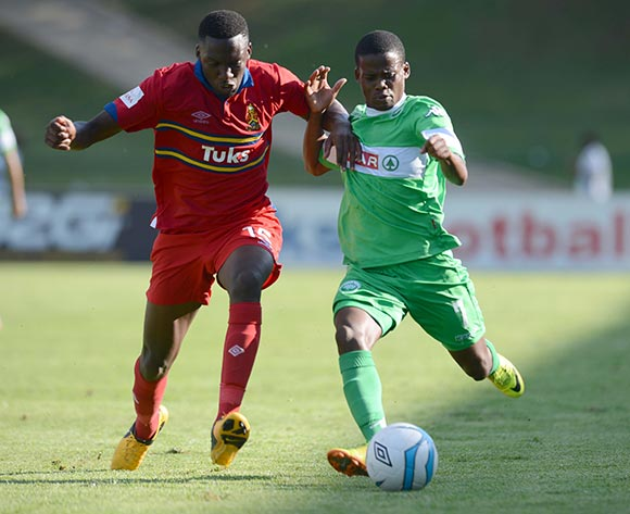 Buhle Mkhwanazi of University of Pretoria battles with Nkosinathi Mthiyane of AmaZulu during the Absa Premiership match between University of Pretoria and AmaZulu on the 30 November 2013 at Tuks Stadium