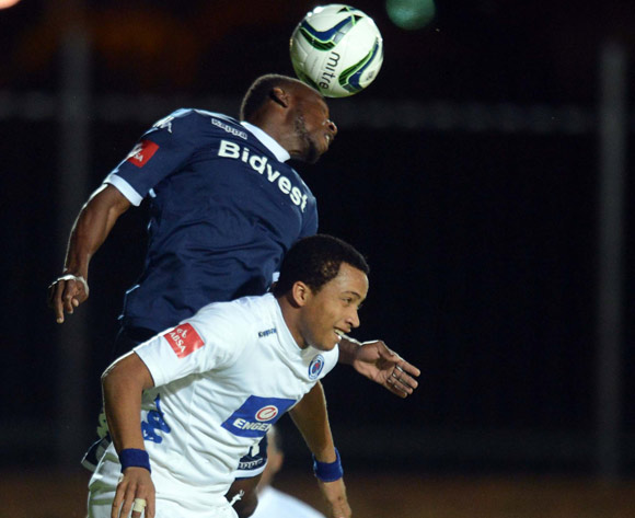 Onismor Bhasera of Bidvest Wits battles with Joao Oliveira of Supersport United  during the Absa Premiership match between Bidvest Wits and Supersport United on the 25 February 2014 at Bidvest Stadium