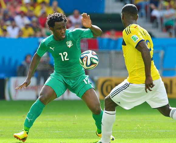 Wilfried Bony of Ivory Coast challenged by Cristian Zapata of Colombia on 19 June 2014 ©Gavin Barker/BackpagePix