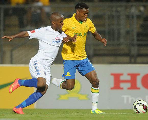 Themba Zwane of Mamelodi Sundowns battles with Thabo Moloi of Supersport United during the Absa Premiership 2014/15 match between Mamelodi Sundowns and Supersport United at Lucas Moripe Stadium, Attridgeville on the 03 December 2014  ©Muzi Ntombela/BackpagePix