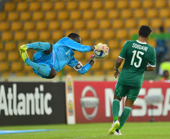 Bouna Coundoul of Senegal saves from El Arabi Soudani of Algeria during the 2015 Africa Cup of Nations football match between Algeria and Senegal at Malabo Stadium, Malabo, Equatorial Guinea on 27 January 2015