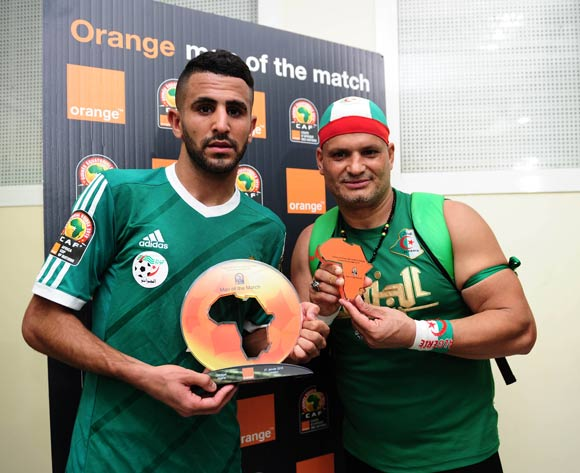 Riyad Mahrez of Algeria receives Orange Man of the Match award from the Orange Fan of the Match during the 2015 Africa Cup of Nations football match between Algeria and Senegal at Malabo Stadium, Malabo, Equatorial Guinea on 27 January 2015