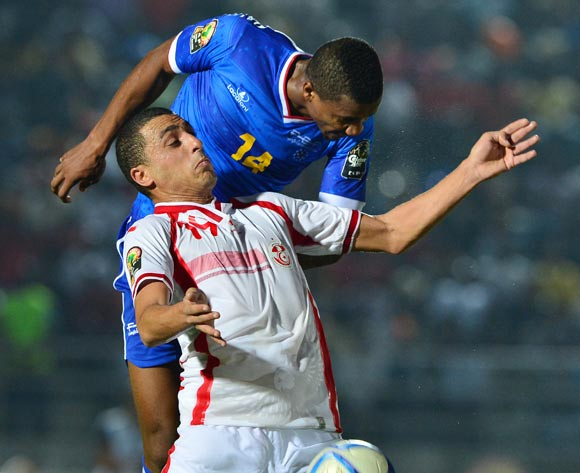 Ahmed Akaichi of Tunisia challenged by Admilson Gege Barros of Cape Verde during the 2015 Africa Cup of Nations football match between Tunisia and Cape Verde  at the Ebibeyin Stadium, Ebibeyin, Equatorial Guinea on 18 January 2015
