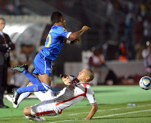 Heldon Ramos of Cape Verde battles with Wahbi Khazri of Tunisia   during of the 2015 Africa Cup of Nations match between Tunisia and Cape Verde at Ebibeyin Stadium, Equatorial Guinea on 18 January 2015