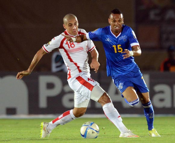 Nuno Rocha of Cape Verde battles with Wahbi Khazri of Tunisia during of the 2015 Africa Cup of Nations match between Tunisia and Cape Verde at Ebibeyin Stadium, Equatorial Guinea on 18 January 2015