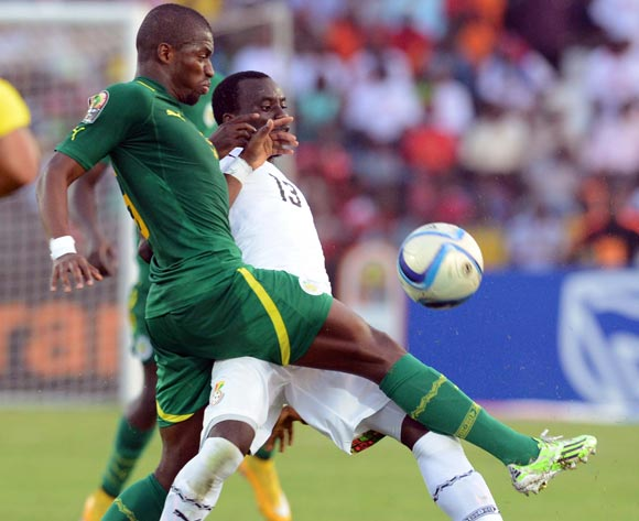 Papa Kouli Diop of Senegal  battles with Rabiu Mohammed of Ghana    during of the 2015 Africa Cup of Nations match between Senegal and  Ghana at Mongomo Stadium, Equatorial Guinea on 19 January 2015