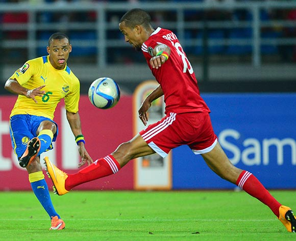 Johann Obiang of Gabon and Marvin Baudry of Congo during the 2015 Africa Cup of Nations football match between Gabon and Congo at the Bata Stadium in Bata, Equatorial Guinea on 21 January 2015 ©Barry Aldworth/BackpagePix
