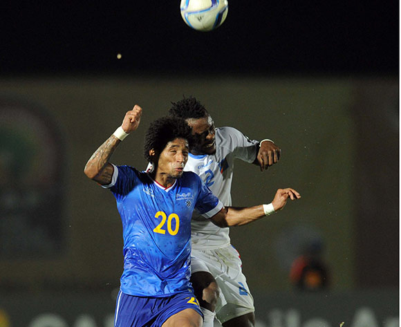 Ryan Mendes of Cape Verde battles with Issampa Djos of DR Congo  during of the 2015 Africa Cup of Nations match between Cape Verde and DR Congo at Ebibeyin Stadium, Equatorial Guinea on 22 January 2015 Pic Sydney Mahlangu/BackpagePix