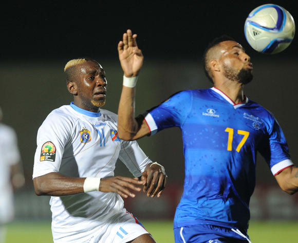 Yannick Bolasie of DR Congo battles with Carlos Calu Lima of Cape Verde  during of the 2015 Africa Cup of Nations match between Cape Verde and DR Congo at Ebibeyin Stadium, Equatorial Guinea on 22 January 2015