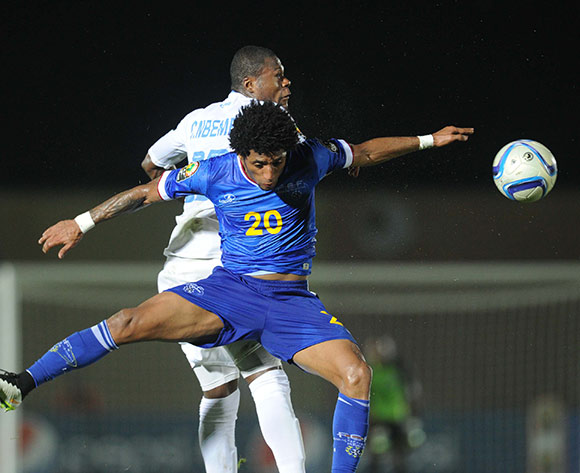 Ryan Mendes of Cape Verde battles with Chancel Mbemba of DR Congo during of the 2015 Africa Cup of Nations match between Cape Verde and DR Congo at Ebibeyin Stadium, Equatorial Guinea on 22 January 2015 Pic Sydney Mahlangu/BackpagePix