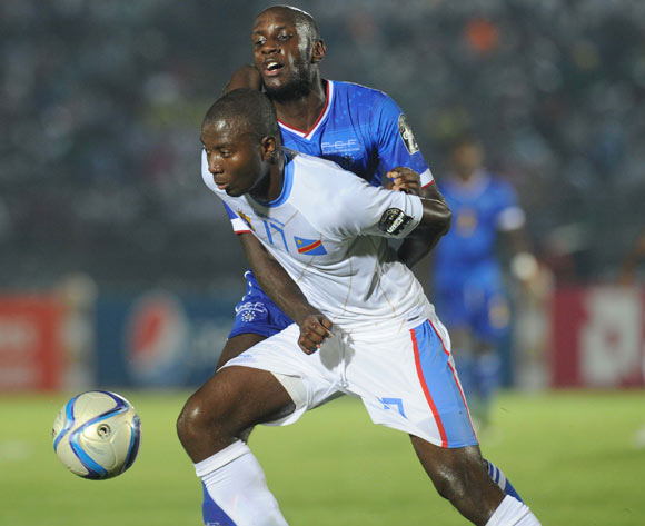 Julio Tavares of Cape Verde pulls back Cedric Mongongu of DR Congo   during of the 2015 Africa Cup of Nations match between Cape Verde and DR Congo at Ebibeyin Stadium, Equatorial Guinea on 22 January 2015