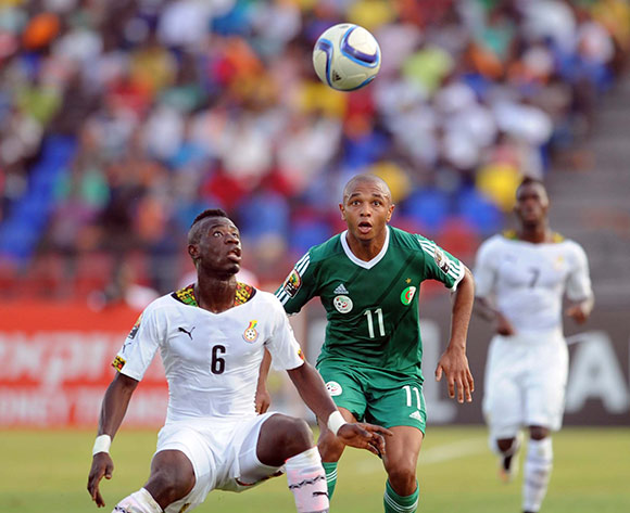 Afriyie Acquah of Ghana   battles with Yacine Brahimi of Algeria   during of the 2015 Africa Cup of Nations match between Ghana and Senegal at Mongomo Stadium, Equatorial Guinea on 23 January 2015 Pic Sydney Mahlangu/BackpagePix