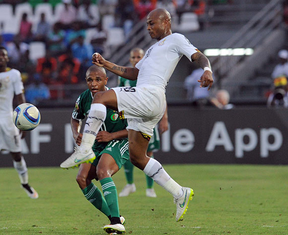 Andre Ayew of Ghana  battles with Yacine Brahimi of Algeria   during of the 2015 Africa Cup of Nations match between Ghana and Senegal at Mongomo Stadium, Equatorial Guinea on 23 January 2015 Pic Sydney Mahlangu/BackpagePix