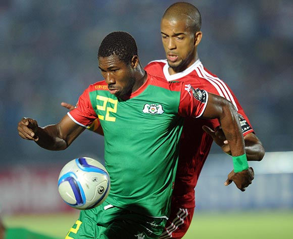Niguimbe Prejuce Nakoulma of Burkina Faso battles with Marvin Baudry of Congo during of the 2015 Africa Cup of Nations match between Congo and Burkina Faso at Ebibeyin Stadium, Equatorial Guinea on 25 January 2015 Pic Sydney Mahlangu/BackpagePix
