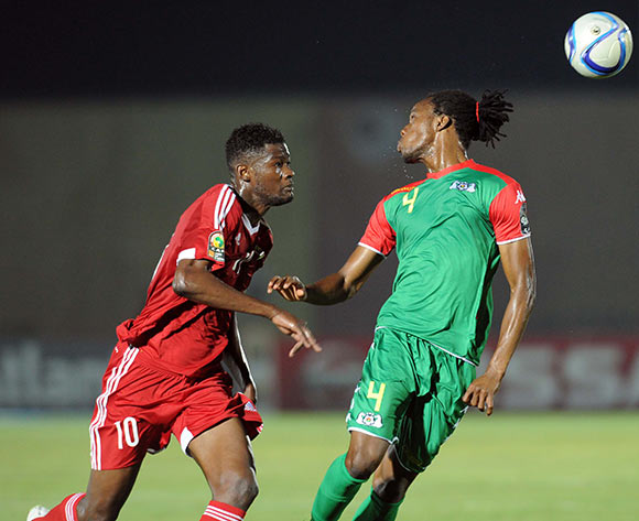 Bakary Kone of Burkina Faso  battles with Fode Dore of Congo during of the 2015 Africa Cup of Nations match between Congo and Burkina Faso at Ebibeyin Stadium, Equatorial Guinea on 25 January 2015 Pic Sydney Mahlangu/BackpagePix