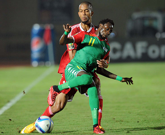Jonathan Pitroipa of Burkina Faso  battles with Marvin Baudry of Congo during of the 2015 Africa Cup of Nations match between Congo and Burkina Faso at Ebibeyin Stadium, Equatorial Guinea on 25 January 2015 Pic Sydney Mahlangu/BackpagePix