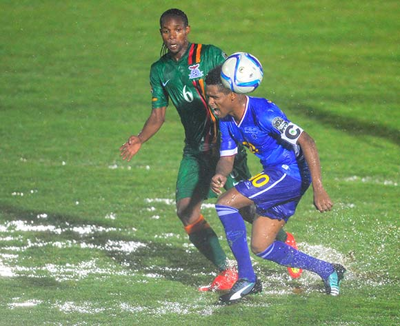 Davis Nkausu of Zambia and Heldon Ramos of Cape Verde during the 2015 Africa Cup of Nations football match between Cape Verde and Zambia at the  Ebibeyin Stadium, in Ebibeyin, Equatorial Guinea on 26 January 2015 ©Barry Aldworth/BackpagePix