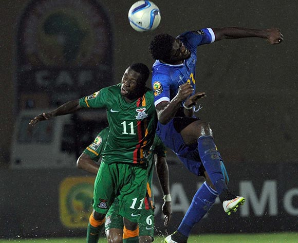 Lubambo Musonda of Zambia  battles with Jorge Djaniny Semedo of Cape Verde  during of the 2015 Africa Cup of Nations match between Cape Verde and Zambia at Ebibeyin Stadium, Equatorial Guinea on 26 January 2015 Pic Sydney Mahlangu/BackpagePix