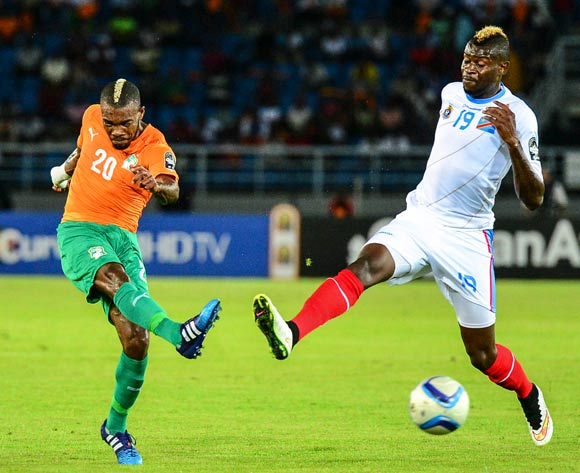 Serey Die of Ivory Coast (L) and Loteteka Jeremy Bokila of DR Congo (R) during the 2015 Africa Cup of Nations Semifinal football match between DR Congo and Ivory Coast at the Bata Stadium in Bata, Equatorial Guinea on 4 February 2015