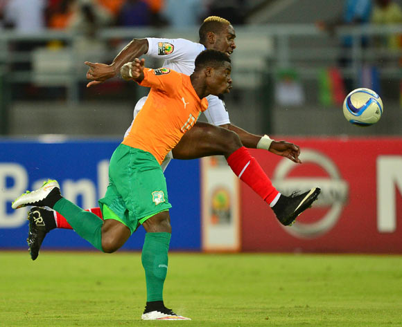 Serge Aurier of Ivory Coast (L) and Yannick Bolasie of DR Congo (R) during the 2015 Africa Cup of Nations Semifinal football match between DR Congo and Ivory Coast at the Bata Stadium in Bata, Equatorial Guinea on 4 February 2015