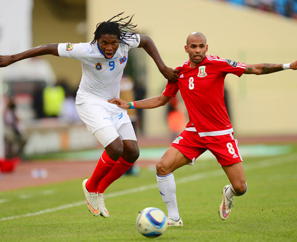 Diedonnei Mbokani of DR Congo and Iban Randy Iyanga of Equatorial Guinea during the 2015 Africa Cup of Nations 3rd Place football match between DR Congo and Equatorial Guinea at the Malabo Stadium in Malabo, Equatorial Guinea on 7 February 2015