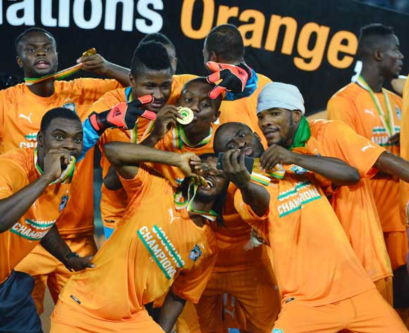Selfie Time - (l-r) Sylvain Gbohouo, Sayouba Mande, Max Gradel, Gervinho, Serey Doumbia and Serey Die of Ivory Coast take selfie with their winners medals on the podium during  the 2015 Africa Cup of Nations football Final match between Ivory Coast and Ghana at the Bata Stadium, Bata, Equatorial Guinea on 8 February  2015