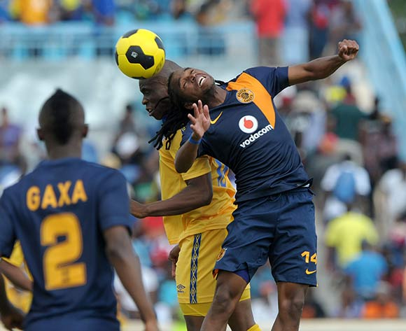 Siphiwe Tshabalala of Kaizer Chiefs battles with Mooketsi Otlaantshekela of Township Rollers during the 2015 CAF Champions League match between Township Rollers and Kaizer Chiefs at the National Stadium, Lobatse on the 28 February 2015  ©Muzi Ntombela/BackpagePix
