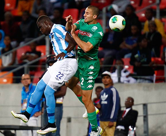 Siyabonga Zulu of Chippa United (L) and Roscoe Pietersen of Amazulu  (R) during the Absa Premiership football Match between Chippa United and Amazulu  at the Nelson Mandela Bay Stadium on 13 March 2015 © Michael Sheehan/BackpagePix