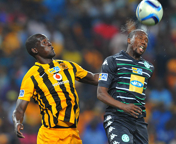 Tumelo Mogapi of Bloemfontein Celtic challenged by Siphelele Mthembu of Kaizer Chiefs during the 2015 MTN8 semifinal, second leg football match between Kaizer Chiefs and Bloemfontein Celtic at Soccer City in Johannesburg, South Africa on August 29, 2015 ©Samuel Shivambu/BackpagePix