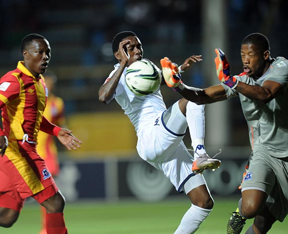 Elias Pelembe of Bidvest Wits tries to score past  Virgil Vries of Maritzburg United during the Absa Premiership match between Bidvest Wits and Maritzburg United  on 26 August 2015 at Bidvest Stadium Pic Sydney Mahlangu/ BackpagePix