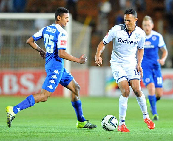 Henrico Botes of Bidvest Wits challenged by Denwin Farmer of Supersport United during the Absa Premiership match between Bidvest Wits and Supersport United at the Bidvest Stadium in Johannesburg, South Africa on September 22, 2015 ©Samuel Shivambu/BackpagePix