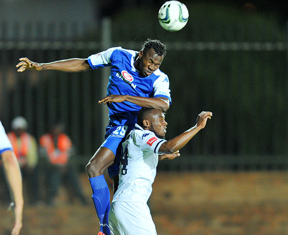 Onismor Bhasera of Bidvest Wits challenged by Bongani Khumalo of Supersport United during the Absa Premiership match between Bidvest Wits and Supersport United at the Bidvest Stadium in Johannesburg, South Africa on September 22, 2015 ©Samuel Shivambu/BackpagePix