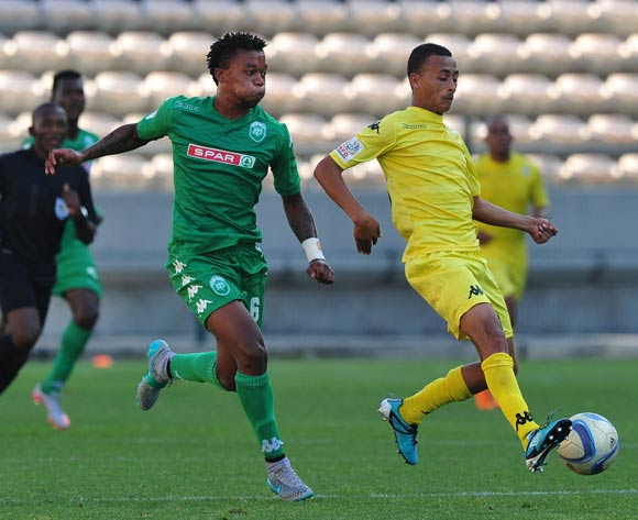 Brandon Theron of Milano and Ayabulela Konqobe of AmaZulu abttle for possession during the National First Division 2015/16 game between Milano United and AmaZulu at Athlone Stadium, Cape Town on the 28 October 2015 ©Ryan Wilkisky/BackpagePix