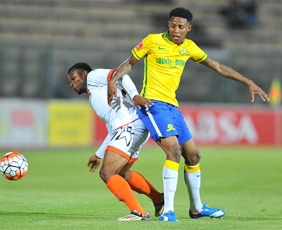 Thobani Mncwango of Polokwane City challenged by Bongani Zungu of Mamelodi Sundowns during the Absa Premiership match between Mamelodi Sundowns and Polokwane City at the Lucas Moripe Stadium in Pretoria, South Africa on October 28, 2015 ©Samuel Shivambu/BackpagePix