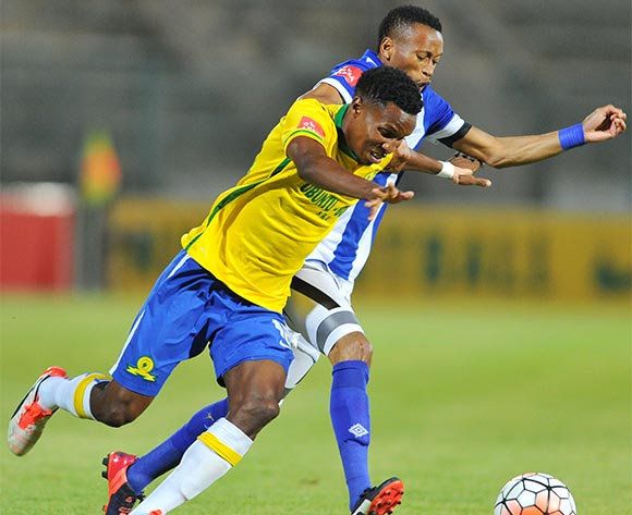 Themba Zwane of Mamelodi Sundowns challenged by Manti Mekoa of Maritzburg United during the Absa Premiership match between Mamelodi Sundowns and Maritzburg United at the Lucas Moripe Stadium in Pretoria, South Africa on October 31, 2015 ©Samuel Shivambu/BackpagePix