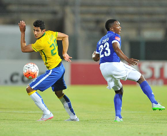 Leonardo Castro of Mamelodi Sundowns challenged by Philani Zulu of Maritzburg United during the Absa Premiership match between Mamelodi Sundowns and Maritzburg United at the Lucas Moripe Stadium in Pretoria, South Africa on October 31, 2015 ©Samuel Shivambu/BackpagePix