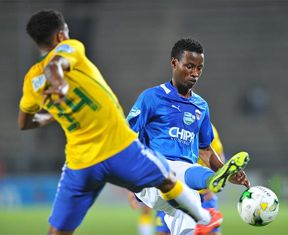 Thamsanqa Sangweni of Chippa United challenged by Bongani Zungu of Mamelodi Sundowns during the 2015 Telkom Knockout match between Mamelodi Sundowns and Chippa United at the Lucas Moripe Stadium in Pretoria, South Africa on October 03, 2015 ©Samuel Shivambu/BackpagePix