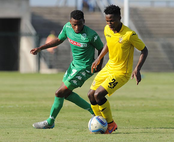 Luzuko Dipha of Mthatha Bucks challenged by Mbongeni Gumede of AmaZulu during the National First Division 2015/16 match between AmaZulu and Mthatha Bucks  at Princess Magogo Stadium, KwaMashu on the 04 October 2015 ©Muzi Ntombela/BackpagePix