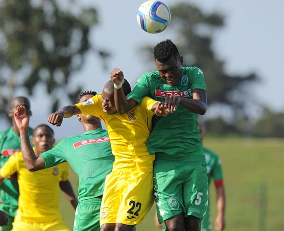 Phelani Gceba of Mthatha Bucks battles with Nkanyiso Zungu of AmaZulu during the National First Division 2015/16 match between AmaZulu and Mthatha Bucks  at Princess Magogo Stadium, KwaMashu on the 04 October 2015 ©Muzi Ntombela/BackpagePix