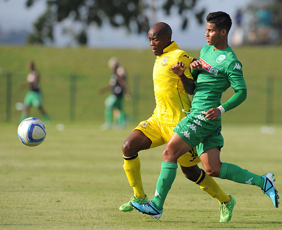 Darren Smith of AmaZulu challenged by Moses Spandeel of Mthatha Bucks during the National First Division 2015/16 match between AmaZulu and Mthatha Bucks  at Princess Magogo Stadium, KwaMashu on the 04 October 2015 ©Muzi Ntombela/BackpagePix