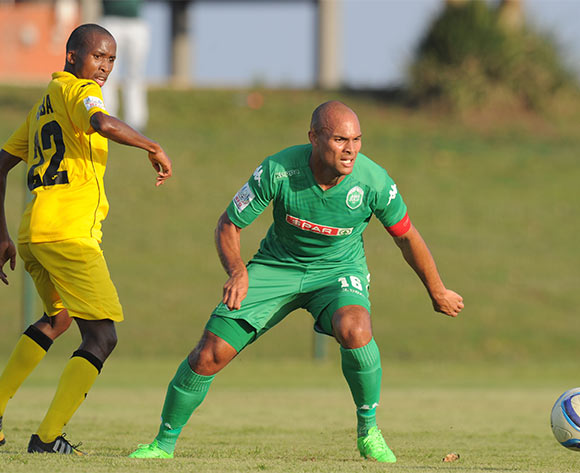 Robyn Johannes of AmaZulu challenged by Phelelani Gcaba of Mthatha Bucks during the National First Division 2015/16 match between AmaZulu and Mthatha Bucks  at Princess Magogo Stadium, KwaMashu on the 04 October 2015 ©Muzi Ntombela/BackpagePix