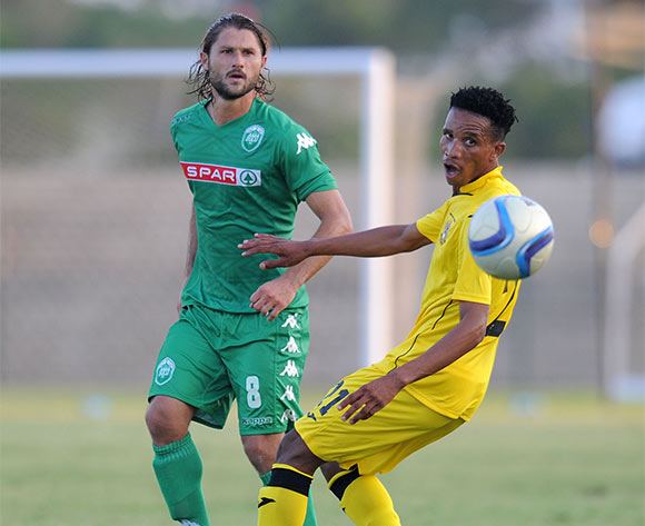 Marc van Heerden of AmaZulu challenged by Sonwabo Maqokolo of Mthatha Bucks during the National First Division 2015/16 match between AmaZulu and Mthatha Bucks  at Princess Magogo Stadium, KwaMashu on the 04 October 2015 ©Muzi Ntombela/BackpagePix
