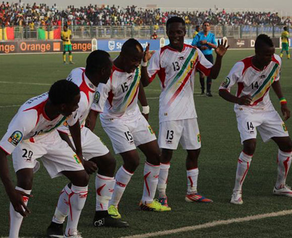 Ten-man Mali get past Mauritania