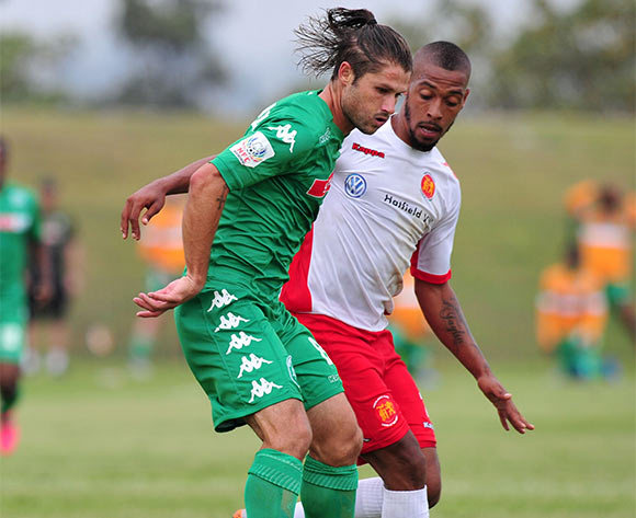 Marc van Heerden of AmaZulu challenged by Auguston Leonard of Highlands Park during the National First Division 2015/16 match between AmaZulu and Highlands Park at Princess Magogo Stadium, KwaMashu on the 07 November 2015 ©Muzi Ntombela/BackpagePix