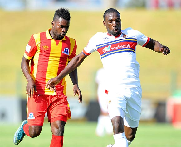 Willem Mwedihanga of University Pretoria challenged by Mohammed Anas of Maritzburg United during the Absa Premiership match between University of Pretoria and Maritzburg United at the Tuks Stadium in Pretoria, South Africa on November 08, 2015 ©Samuel Shivambu/BackpagePix