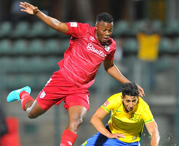 Leonardo Castro of Mamelodi Sundowns challenged by Themba Shabalala of Free State Stars during the Absa Premiership match between Mamelodi Sundowns and Free State Stars at the Lucas Moripe Stadium in Pretoria, South Africa on November 21, 2015 ©Samuel Shivambu/BackpagePix