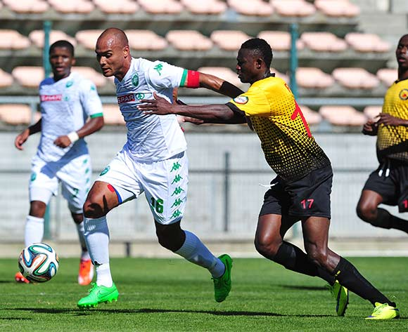 Robyn Johannes of AmaZulu pulls away from Issouf Paro of Santos during the National First Division 2015/16 game between Santos and AmaZulu at Athlone Stadium, Cape Town on 22 November 2015 ©Ryan Wilkisky/BackpagePix