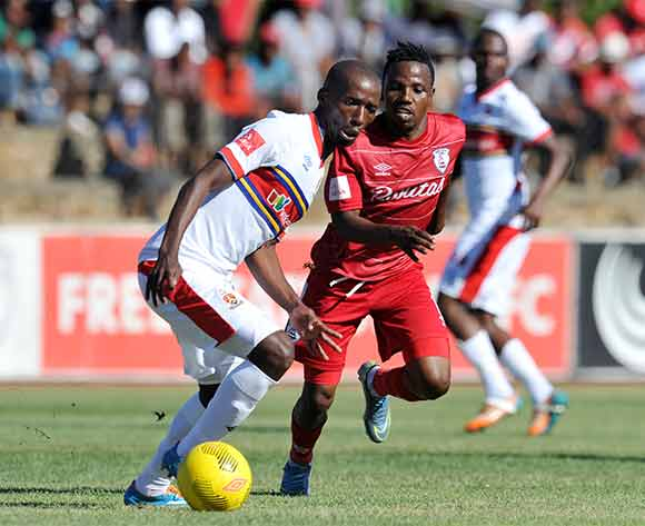 Mpho Maruping of University of Pretoria challenged by Mrisho Ngasa of Free State Stars during the Absa Premiership 2015/16 match between Free State Stars and University of Pretoria at Goble Park, Bethlehem on the 13 December 2015 ©Muzi Ntombela/BackpagePix