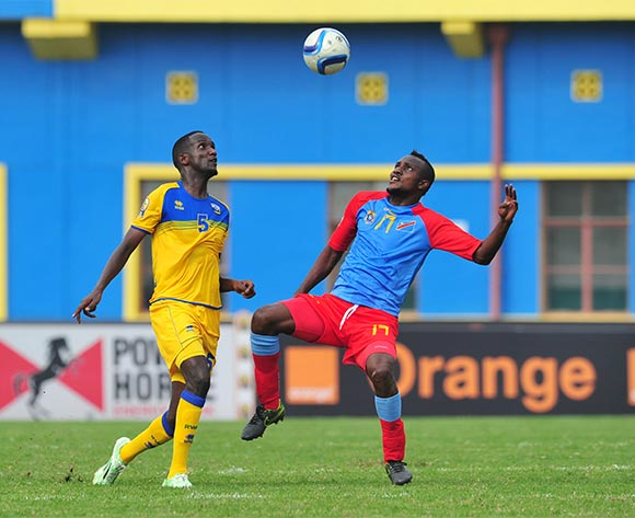 Amran Nshmiyimana of Rwanda battles with Merveille Bope of DR Congo  during the 2016 CHAN Rwanda, Quarterfinal match between Rwanda and DR Congo in Amahoro Stadium, Kigali, Rwanda on 30 January 2016 ©Muzi Ntombela/BackpagePix