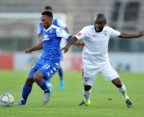 Luvolwethu Mpeta of Supersport Unitedchallenged by Makhehleni Makhaula during the Absa Premiership match between Supersport United and Free State Stars at the Lucas Moripe Stadium in Pretoria, South Africa on January 30, 2016 ©Samuel Shivambu/BackpagePix